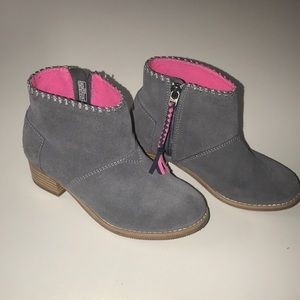 TOMS BOOTIES FOR GIRL